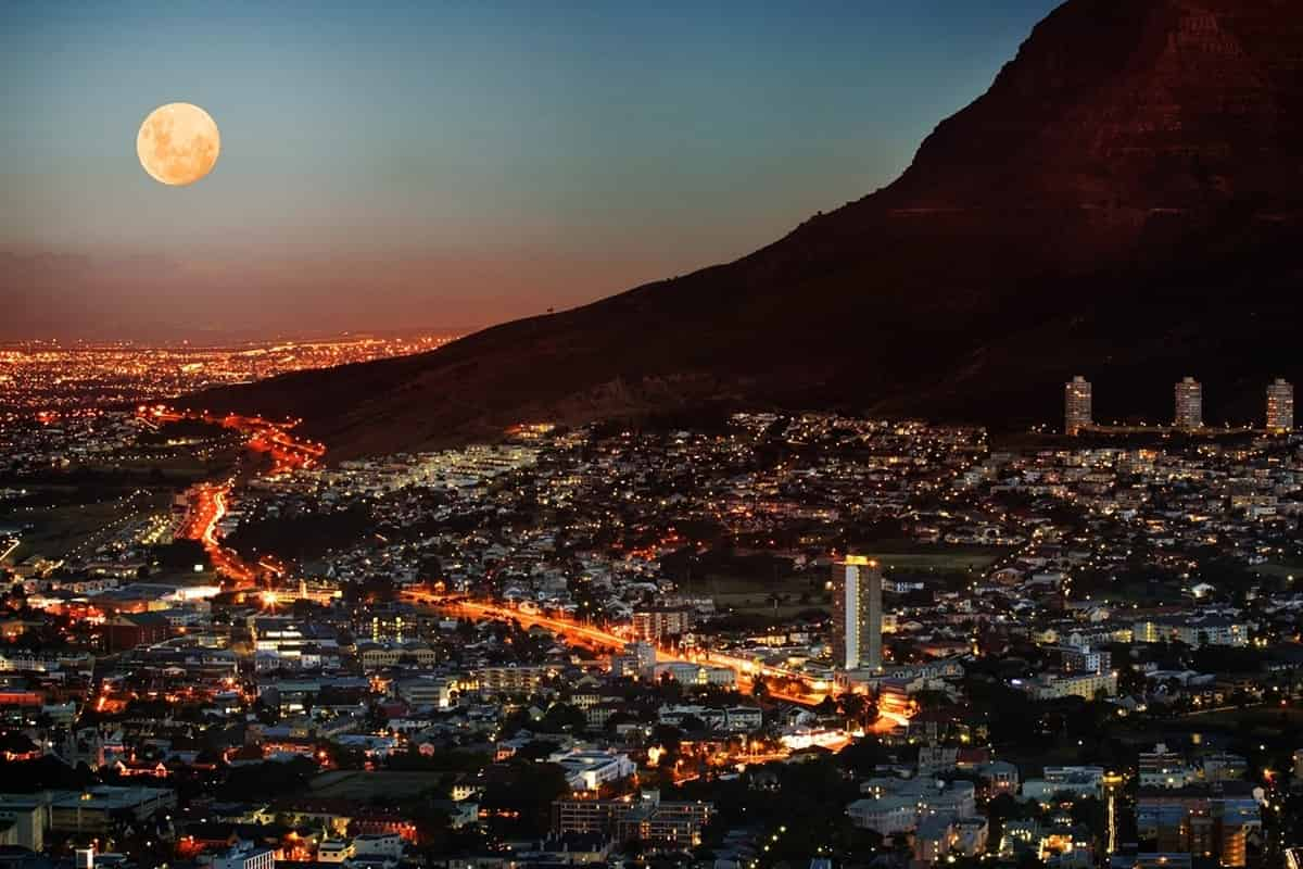 Del-Afrika-Cape Town by night