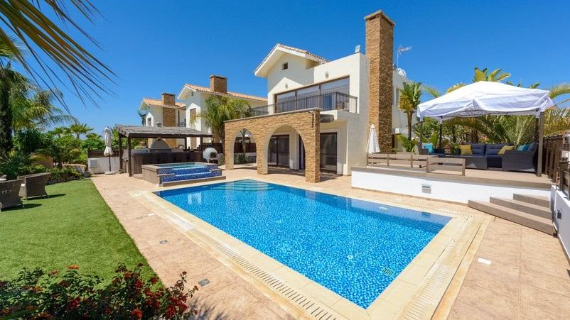 Tengerparti villák | Nyaralók | Ciprus